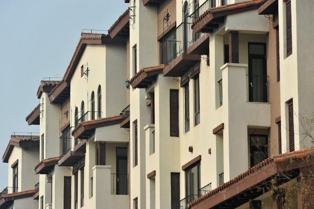 现在买房,除了房产税,还有2个问题,有多套房子的人要注意