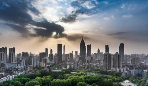 武汉楼市现状:光谷东房价破2万,购房者纷纷涌向花山,为何?