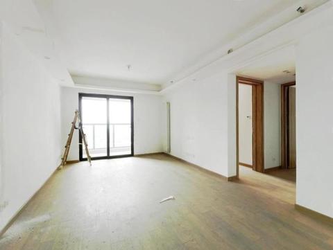 江汉区一周好房速递,这套二居室均价2.4万,首付62万就能搬进中城悦城!